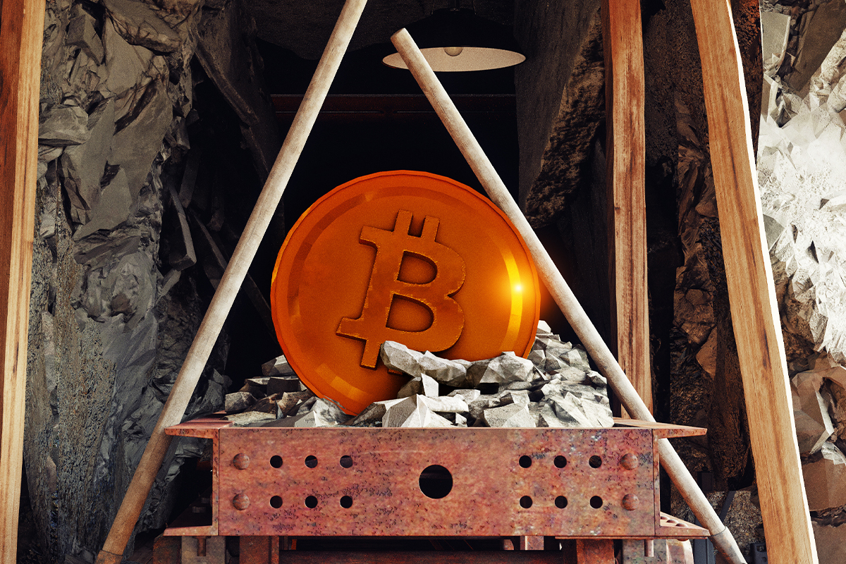 Russian Garbage Collector Steals Employer's Cryptocurrency Mining Equipment