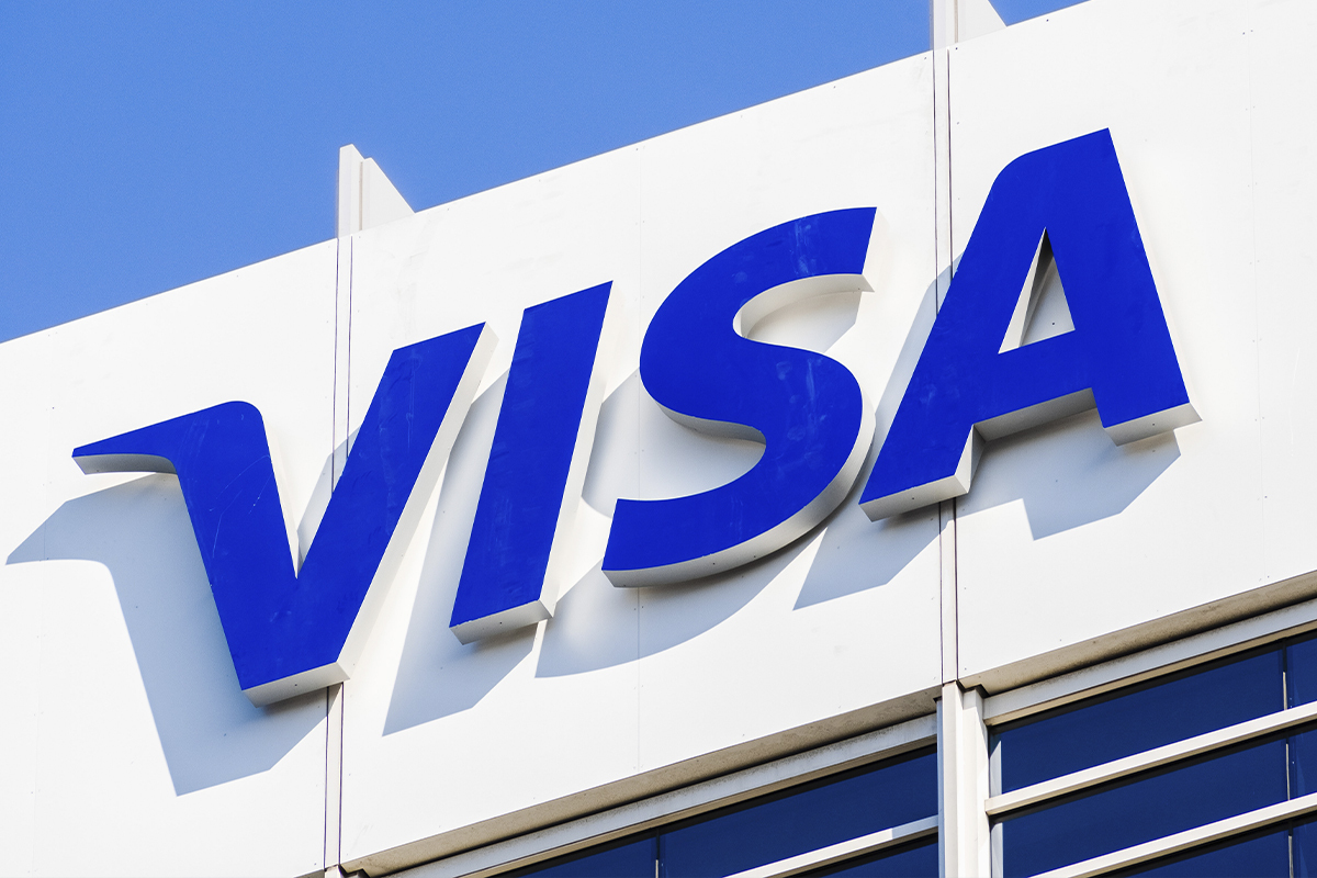 Visa 'In The Middle' of Crypto, CEO Al Kelly Says