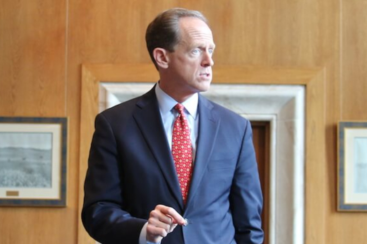 U.S. Senator Pat Toomey Sees 'Big Opportunity' For The U.S. in China Crypto Ban