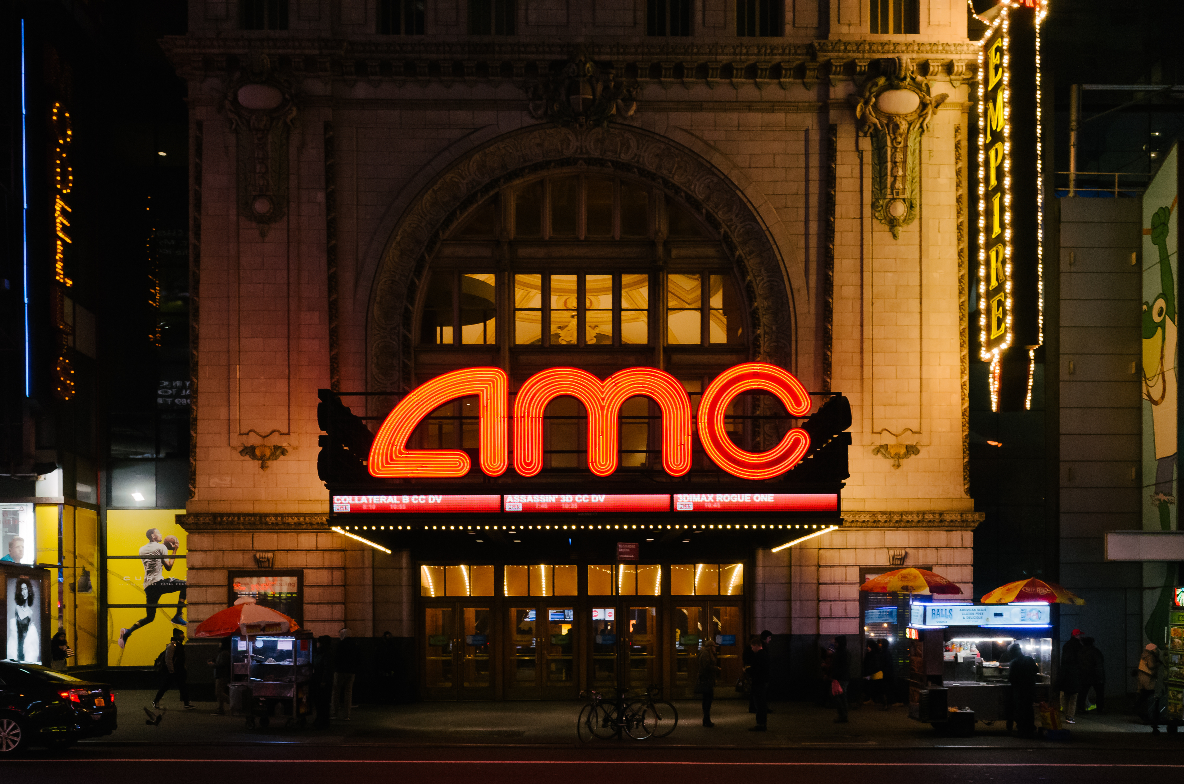 World's Largest Movie Theater Chain to Start Accepting Ethereum, Litecoin and Bitcoin Cash