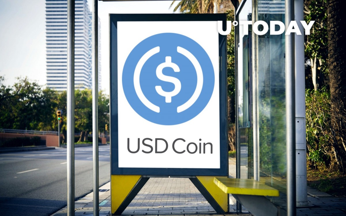 Coinbase CEO Brian Armstrong Criticized for Promoting USDC After Bitfinex-Tether Scandal