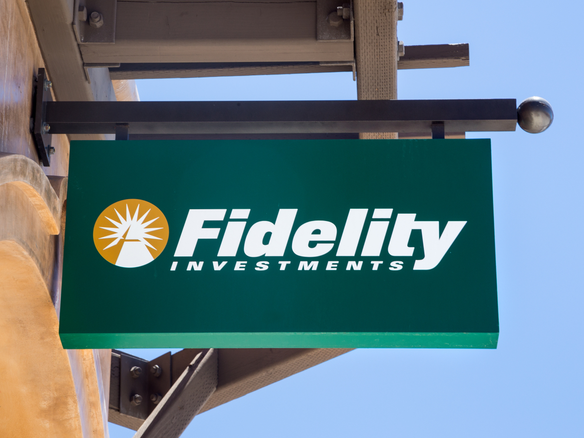 Fidelity's Bitcoin Fund Reports Over $100 Million in Sales