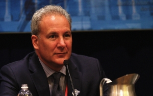 Will Bitcoin Hit $3,000 Before Gold? Peter Schiff Asks Your Opinion