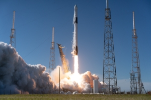 Historic SpaceX Launch Takes Place in Blockchain-Based Decentraland Universe