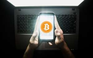 Hackers Can Now Potentially Steal Crypto from Bitcoin Wallets Using This Bug