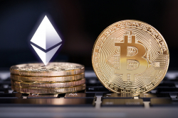 Bitcoin (BTC) Flipped in Daily Fees by One Ethereum DeFi