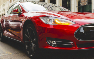 Tron's (TRX) Justin Sun Takes Another Tesla Winner for a Ride, Giving Cash Instead of Car