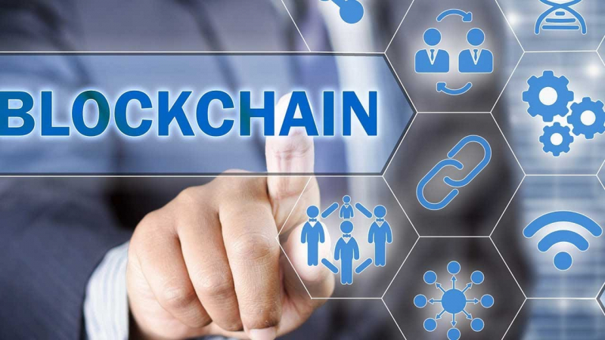 Korean Finance Minister Said Blockchain Part of Fourth Industrial Revolution