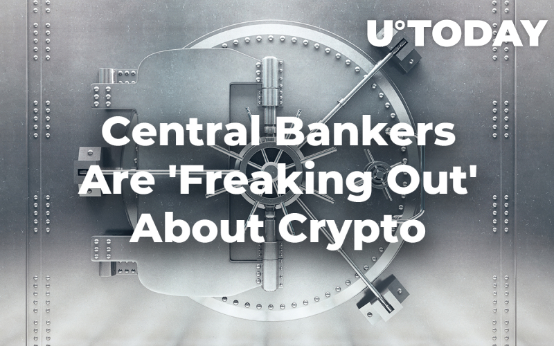 Central Bankers Are 'Freaking Out' About Crypto: Economist Stephen Moore