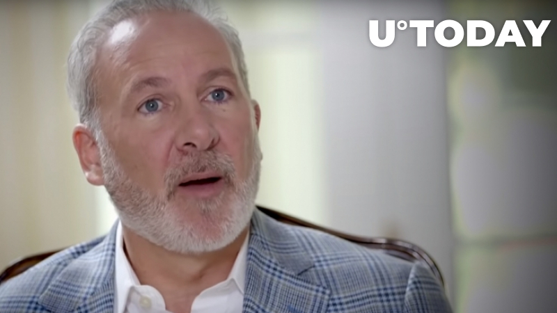 Peter Schiff Says Bitcoin Whales Are Unloading Their Coins Onto GBTC Speculators