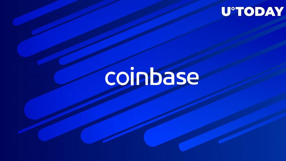 Coinbase's Debit Card to Support Rewards in Bitcoin (BTC) and Stellar Lumens (XLM)