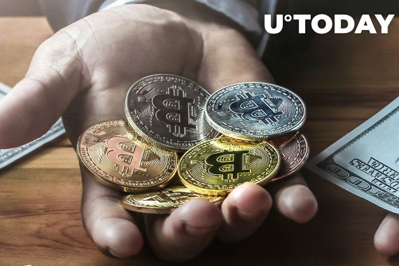 Long-Term Holders Grabbing Bitcoin from Short-Term Holders, Here's What's Happening